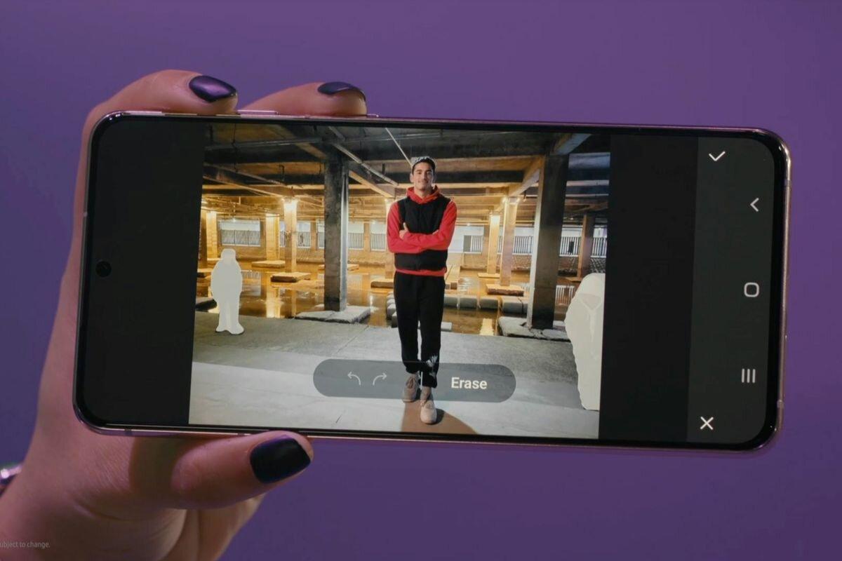 Le Samsung Galaxy S21 intègre la nouvelle fonction Object Eraser qui nous permettra d'effacer les personnes d'une photo