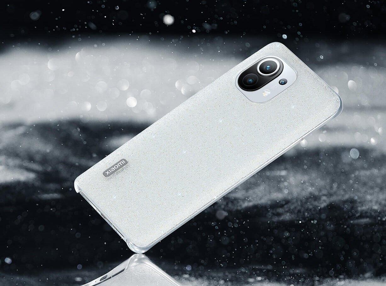 Boîtier Xiaomi avec 10000 cristaux.