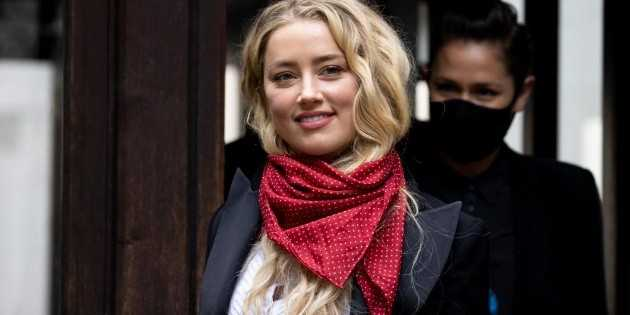 Amber Heard se moque-t-elle de Johnny Depp et de ses fans?