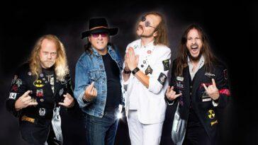 Beatallica, Le Groupe Qui Combine Les Beatles Avec Metallica, Lancera