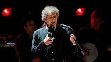 Bob Dylan A Poursuivi Après Avoir Vendu Son Catalogue De