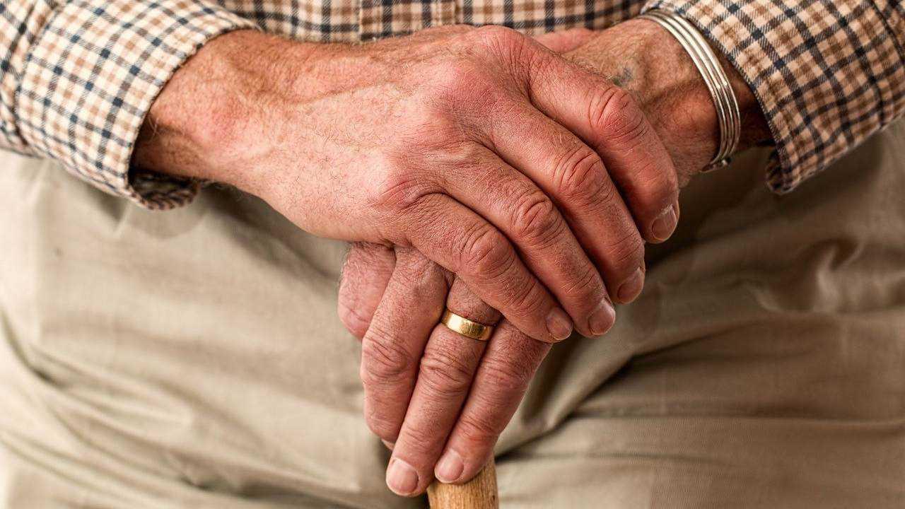 Cinquante Pour Cent Des Personnes âgées Souffrent De Maladies Chroniques,