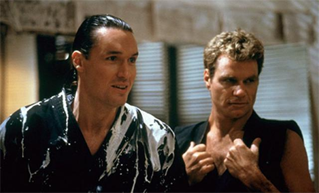 John Kreese et Terry Silver dans «The Karate Kid Part III» (Photo: Sony Pictures Home Entertainment)
