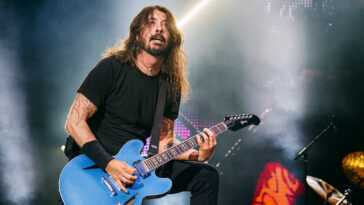 "Foo Fighters Sort ""waiting On A War"", Une Chanson Sur"