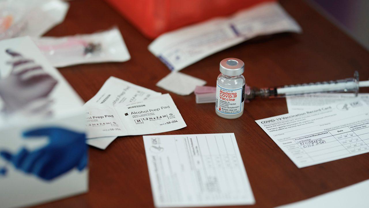 La FDA élabore une stratégie pour les vaccins COVID-19 moins efficaces contre les nouvelles variantes de virus