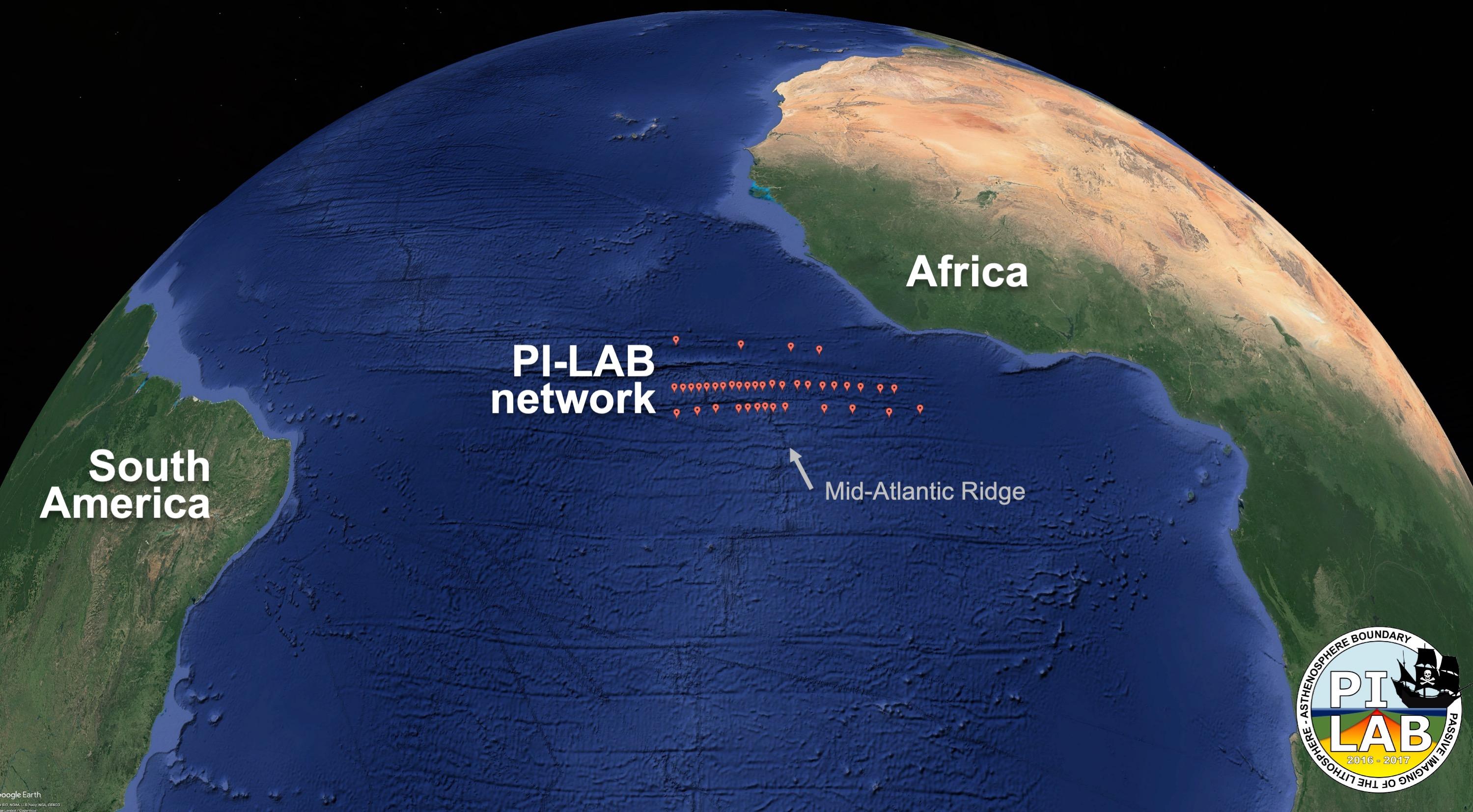 39 sismomètres étaient des endroits répartis sur des centaines de kilomètres sur la dorsale médio-atlantique.