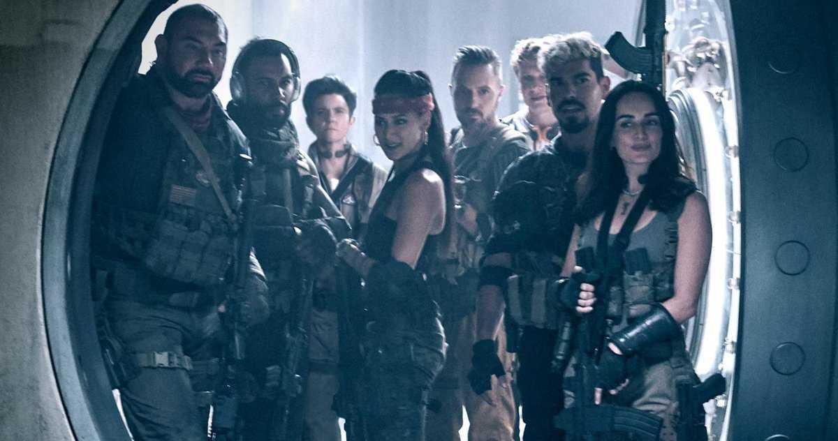 Le Premier Regard De L'armée Des Morts De Netflix Révèle