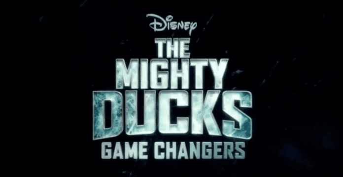 Le grand retour des Mighty Ducks avec Gordon Bombay — Disney