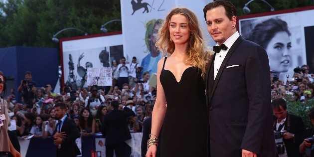 Les fans de Johnny Depp boycottent les notes de The Stand par Amber Heard