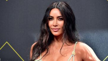 Les fans de Kim Kardashian sont sceptiques à propos de son cadeau de 500000 $