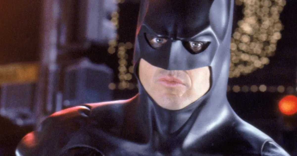 Michael Keaton Serait Le Principal Batman Du Dceu Pour Aller