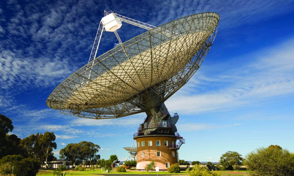 Le radiotélescope Parkes est une icône de la science australienne et fait partie de l'Australian Telescope National Facility.