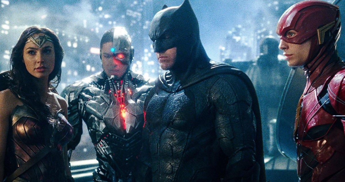 Tendances #restorethesnyderverse Alors Que Les Fans Demandent à Zack Snyder