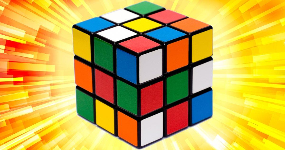 Un Film Et Un Jeu Télévisé Rubik's Cube Se Déroulent