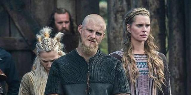 Gunnhild a eu le cœur brisé par la mort de son mari Bjorn et a décidé de mettre fin à ses jours (Photo: History Channel)