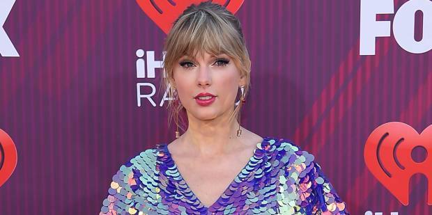 Taylor Swift 1.jpg
