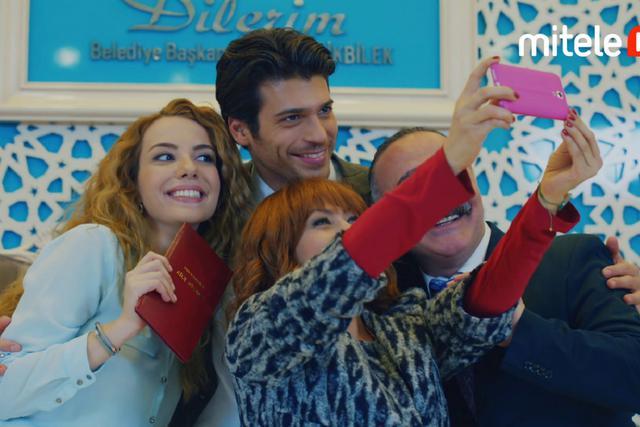 """""""Mariage par surprise"""" a été réalisé par Metin Balekoğlu (Photo: TRT 1)"""