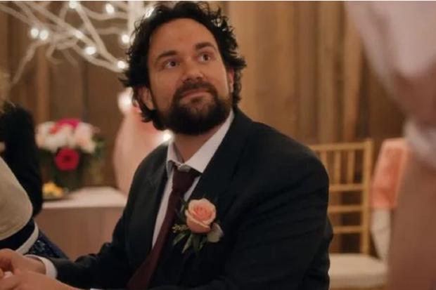 """Mutt est un personnage mineur de la série """"La danse des lucioles"""" (Photo: Netflix)"""