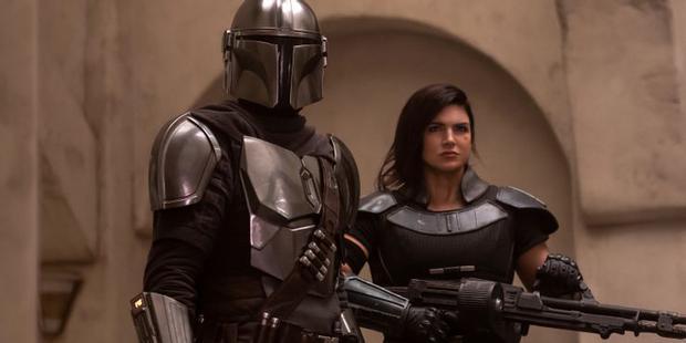 Le contrôleur pourrait avoir besoin de l'aide de Cara Dune à l'avenir (Photo: Disney Plus)