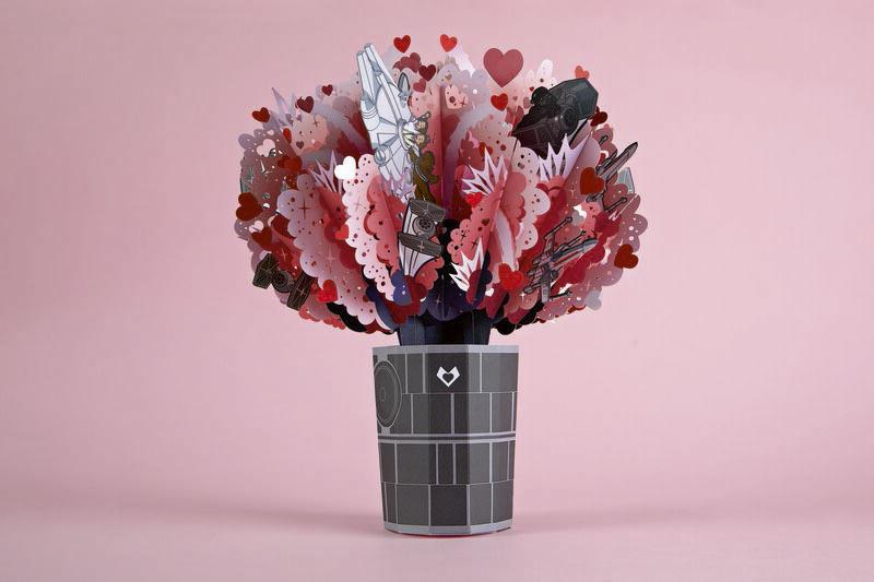 Bouquet Explosion d'amour Star Wars ™ Death Star ™