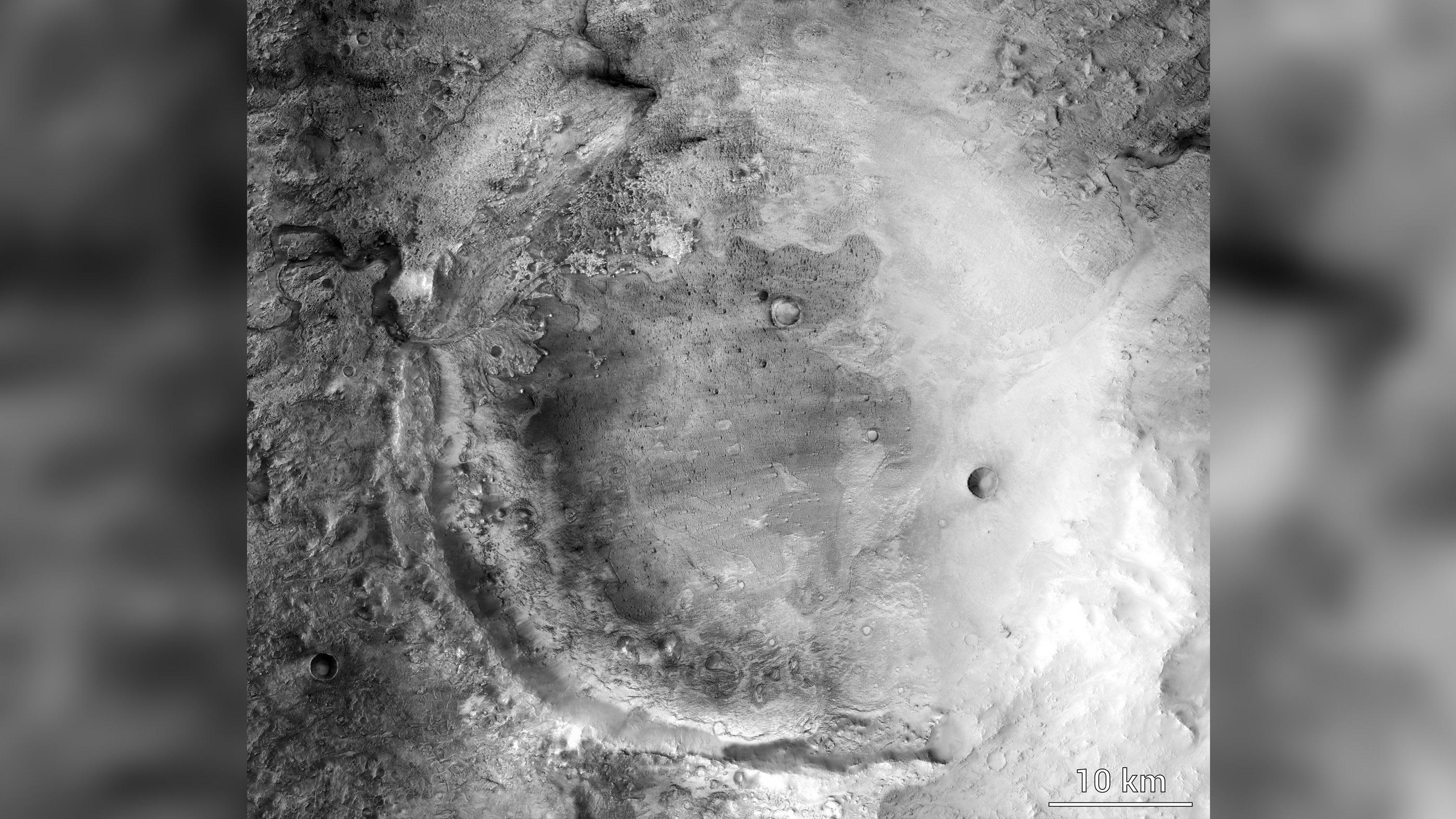 Images du cratère Jezero, où Perseverance touchera Mars.