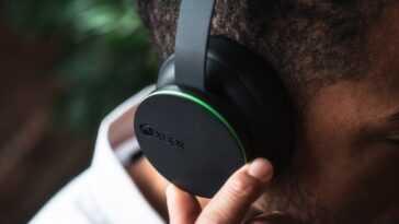 Casque sans fil Xbox: Les premiers écouteurs serre-tête sans fil Xbox sont engagés dans une technologie très intéressante à bon prix