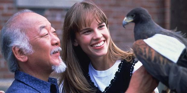 Il serait intéressant de voir Tory découvrir que sa mère a étudié avec Miyagi (Photo: Columbia Pictures)