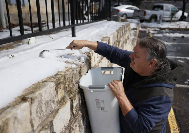 Le Texas est aux prises avec des coupures de froid et de courant sans précédent