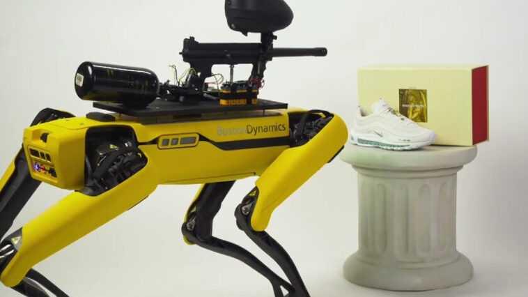 MSCHF a monté un pistolet de paintball dans un endroit pour détruire une galerie d'art: Boston Dynamics ne s'est pas amusé