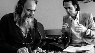 """Nick Cave lance étonnamment son nouvel album, """"Carnage"""""""
