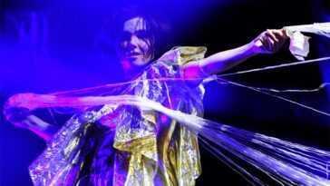 Björk partage un mélange de chansons qui lui ont «sauvé» la vie