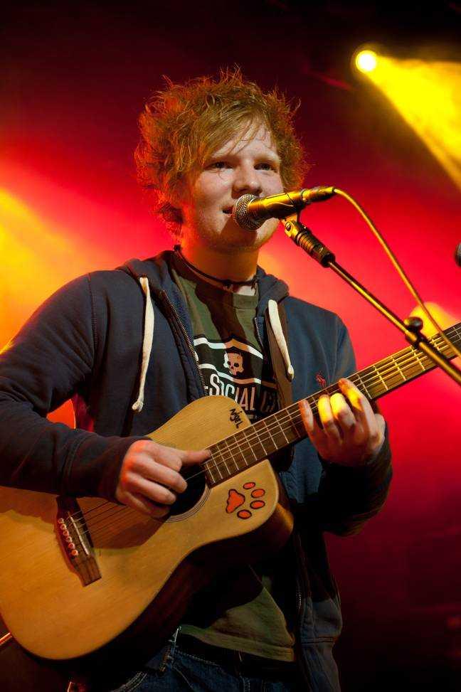 Ed Sheeran a souvent dormi dur pendant ses débuts.  Crédit: PA