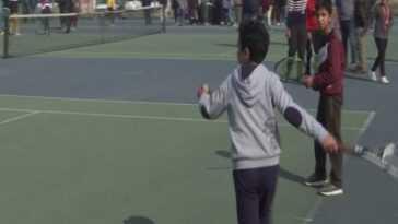Essais pour sélectionner les jeunes JK pour le championnat national de tennis doux tenu à Srinagar