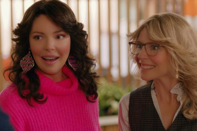"""Katherine Heigl et Sarah Chalke seront de retour dans la deuxième saison de """"La danse des lucioles"""" (Photo: Netflix)"""