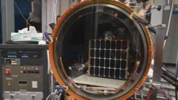 L'armée américaine teste un panneau solaire dans l'espace avec lequel envoyer de l'énergie à n'importe quelle partie de la Terre