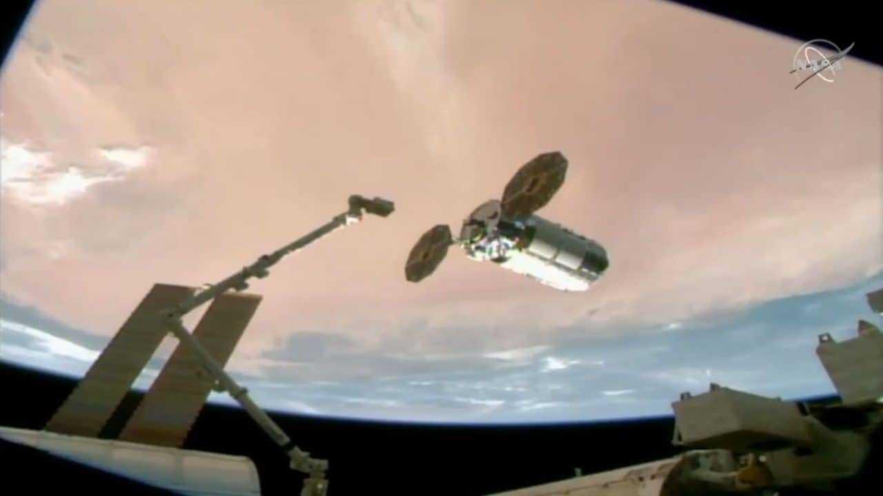 Le cargo Cygnus nommé d'après la figure cachée Katherine Johnson arrive à la station spatiale