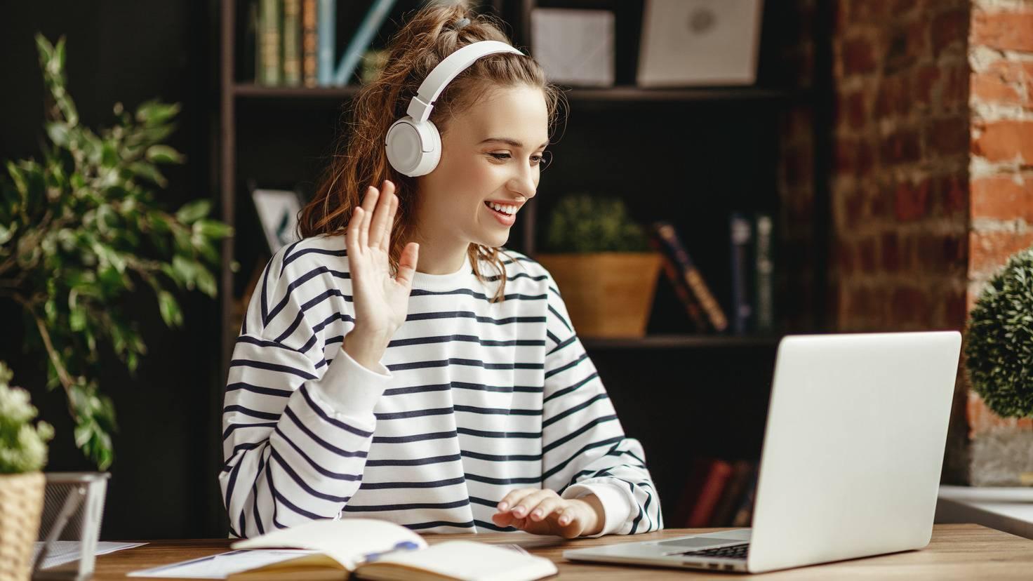 Étudiant portable ordinateur portable étudiant apprentissage