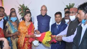 Rajnath Singh célèbre la cérémonie de mariage du médecin dont il avait financé l'éducation
