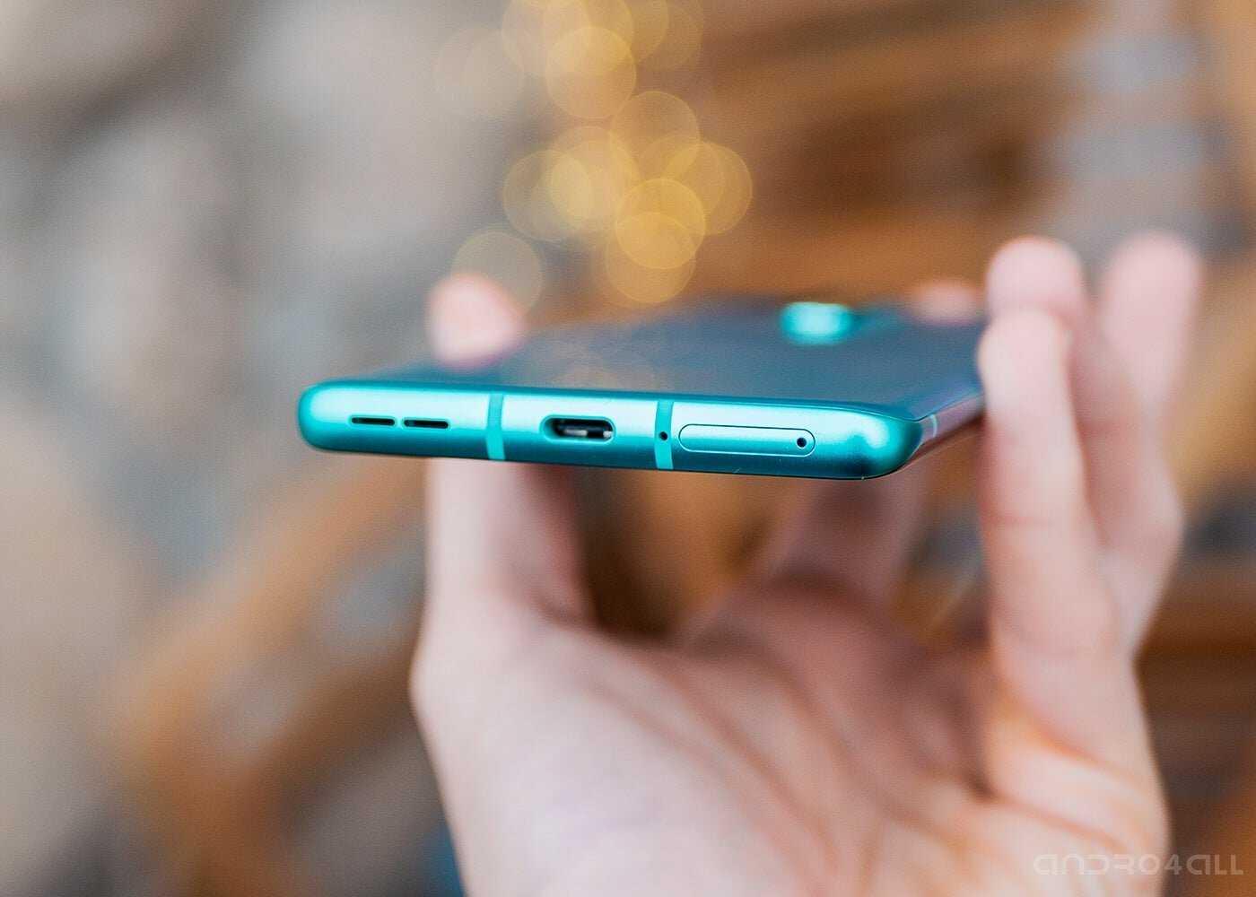 OnePlus 8 Pro bas: haut-parleur