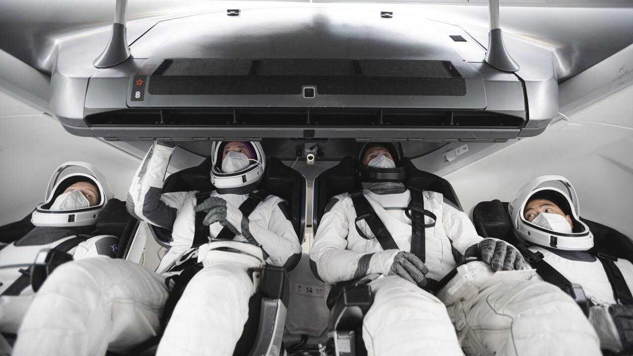 SpaceX et la NASA lancent la mission Crew-2 de la station spatiale avec quatre astronautes le 20 avril