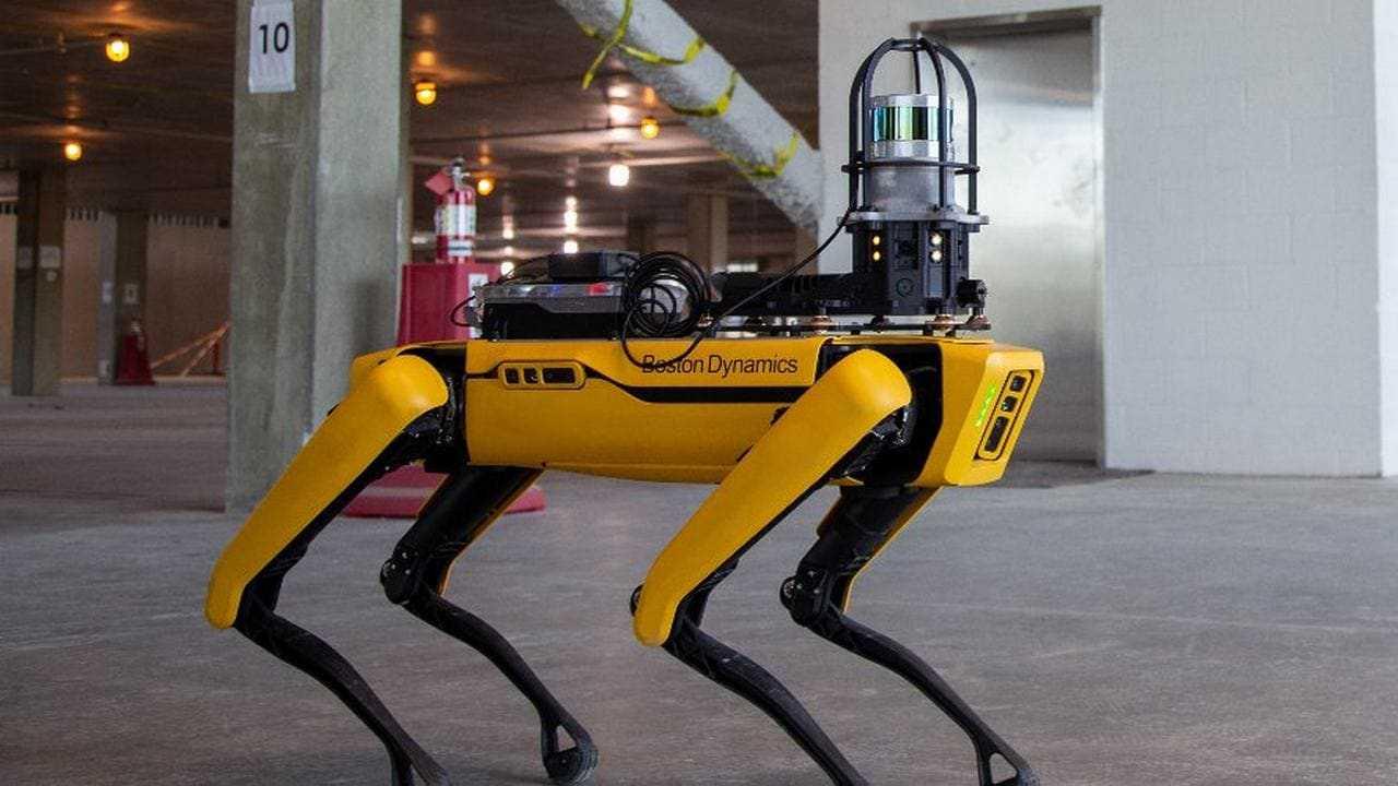 Spot, un robot ressemblant à un chien, est mis à jour avec le Wi-Fi, les missions de navigation automatique et la connexion Ethernet