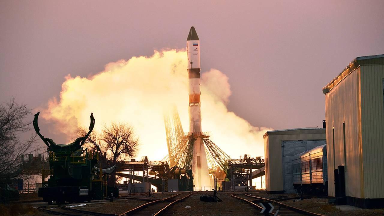 Un vaisseau spatial russe se lance dans l'ISS avec des recherches et des fournitures d'astronautes