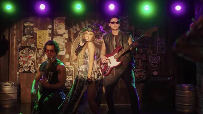 Riverdale Time Jump: Toni Topez, Fangs Fogarty et Sweet Pea se produisent au nouveau Whyte Wyrm