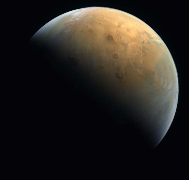 La première photo de Mars depuis l'orbite de l'engin spatial Hope des Émirats arabes unis, prise le 10 février 2021.