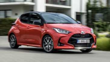 Toyota Yaris Est Lauréate De La Voiture De L'année 2021