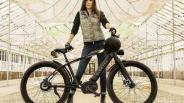 """Le Cafe Moto Go!  Il se trompe avec son nom: c'est un vélo électrique aux airs de moto """"vintage"""" et c'est une édition limitée"""