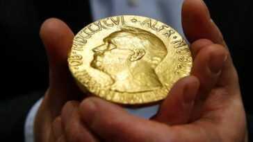 """""""J'étais occupé à dissoudre les prix Nobel pendant que les nazis occupaient Copenhague"""": c'est ainsi qu'ils ont réussi à sauver deux des prestigieuses médailles"""