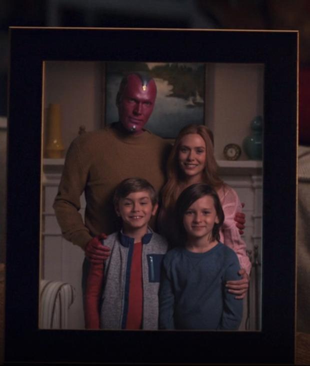 En fin de compte, Wanda dit au revoir à ses enfants et à Vision (Photo: Disney +)