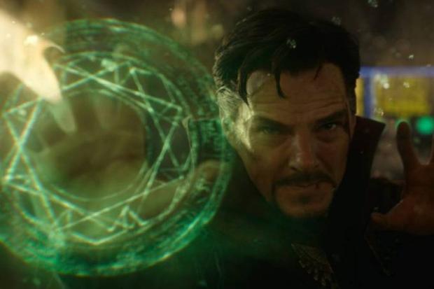 En tant que nouveau maître des arts mystiques et soi-disant sorcier suprême, il doit aider ou arrêter Wanda avec tout ce qu'il cause par le Darkhold (Photo: Marvel Studios)