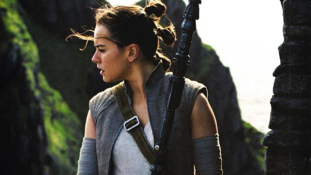 La coiffure de Rey avec trois nattes (Photo: Lucasfilm)